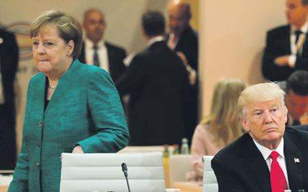 Меркель иНетаньяху выразили озабоченность поповоду действий Ирана вСирии