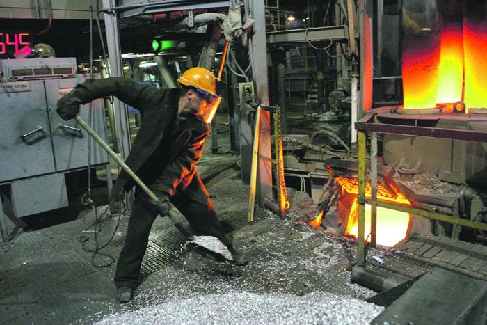53d4f6fbb Обрабатывающая промышленность отказалась расти / Экономика / Независимая  газета