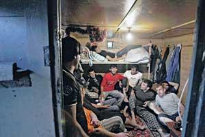 Типичное жилье мигрантов.Фото Reuters