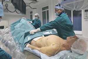 Государственная страховая медицина в РФ доступна далеко не всем.Фото РИА Новости