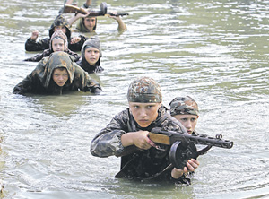 Хорошо бы, чтоб война навсегда осталась в играх. Фото Reuters