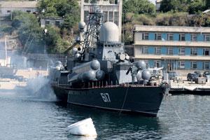 Российскому флоту продлили прописку в Крыму  на 25 лет, но соответствующее соглашение можно и денонсировать.Фото Виктора Литовкина