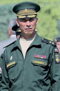 Генерал-лейтенант Иван Бувальцев призвал войска готовиться к неожиданным задачам. Фото ИТАР-ТАСС