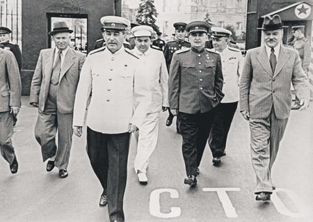 Сталин и Берия для репрессированных народов СССР стали величайшими преступниками эпохи. Фото РИА Новости