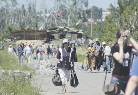 Станица Луганская, которую конфликт сделал пограничной, может войти в планируемую зону безопасности. Фото РИА Новости
