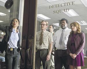 Появление агента ФБР Милта Чемберлена воодушевило интернациональный коллектив полиции «Батл крик». Кадр из сериала