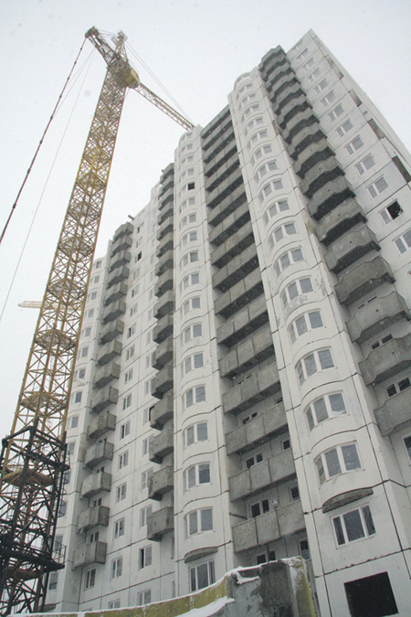 Не все построенные квартиры найдут своего покупателя.Фото Евгения Зуева (НГ-фото)