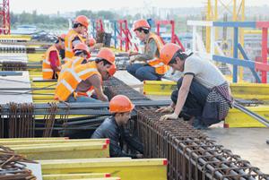 Турецкие строители могут в скором времени лишиться работы в России. Фото PhotoXPress.ru