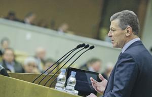 Вице-премьер Дмитрий Козак послал губернаторам еще один предупредительный сигнал.Фото с сайта www.duma.gov.ru