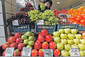 Отечественное продовольствие в России дорожает точно так же, как и импортное.Фото Reuters