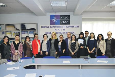 Открытый в Кишиневе офис связи НАТО Игорь Додон считает угрозой нейтралитету страны.Фото с сайта www.nato.md
