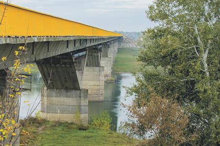 Мост в зоне безопасности соединит молдавский и приднестровский берега Днестра.Фото с сайта www.novostipmr.com