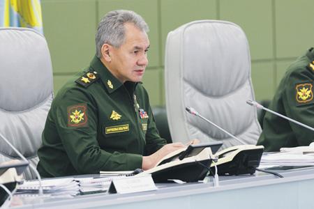 Сергей Шойгу объявил о начале формирования постоянной военной группировки РФ в Сирии.Фото с сайта www.mil.ru