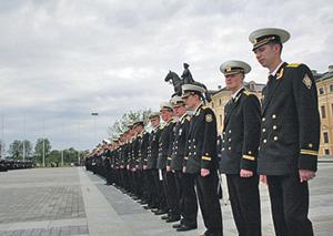 У каждого российского офицера пока есть шанс дослужить до военной пенсии. Фото с официального сайта Министерства обороны РФ