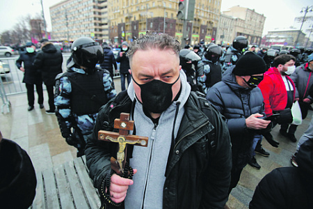 навальный, протест, несогласные, церковь, пропаганда, перемены