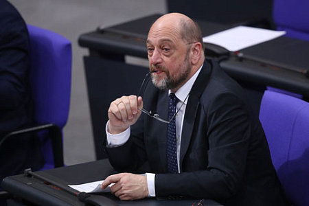 Часть германских социал-демократов как ираньше против коалиции сальянсом Меркель
