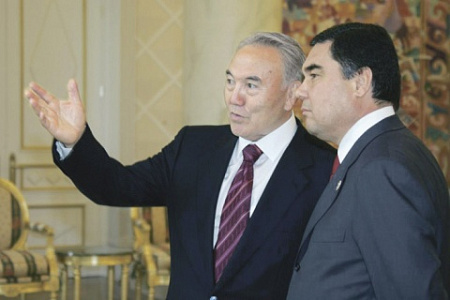 казахстан, туркменистан, назарбаев, бердымухамедов, экономика, торговля, визовый режим
