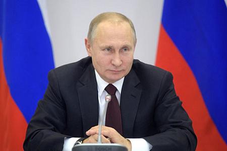 75% граждан России позитивно относятся кПутину— Опрос