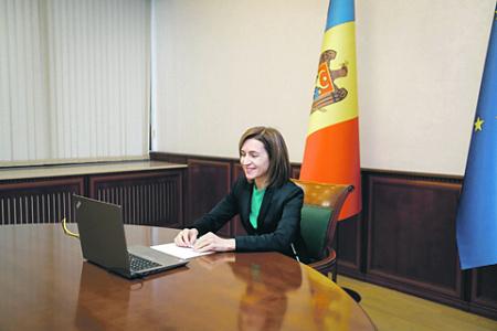 молдавия, политический кризис, санду, додон, правительство, парламент, конституционный суд, полномочия, коррупция