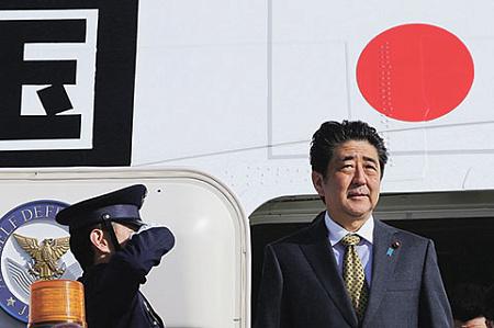 Премьер Японии хочет добиться обоюдного доверия вотношениях сКНДР