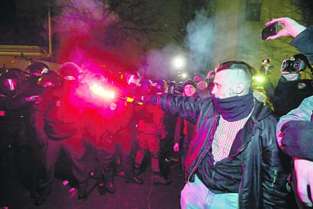 украина, протест, радикалы, политзаключенные, сергей стерненко, правый сектор, одесса